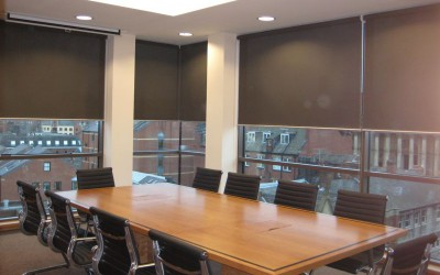 large-roller-blinds-for-meeting-rooms