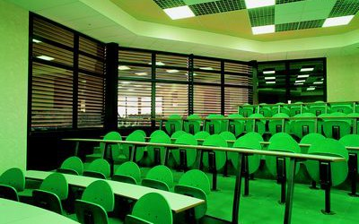venetian blinds for colleges