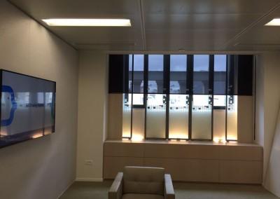public blinds